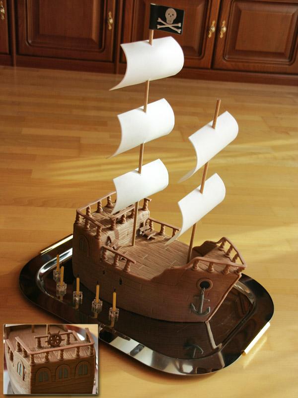 Kuchen mit schiff